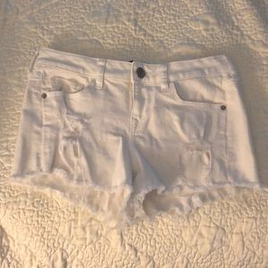 Express white denim shorts size 0